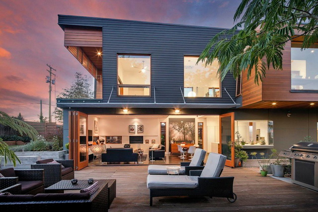 2f-modern-house-with-wooden-patio (2)