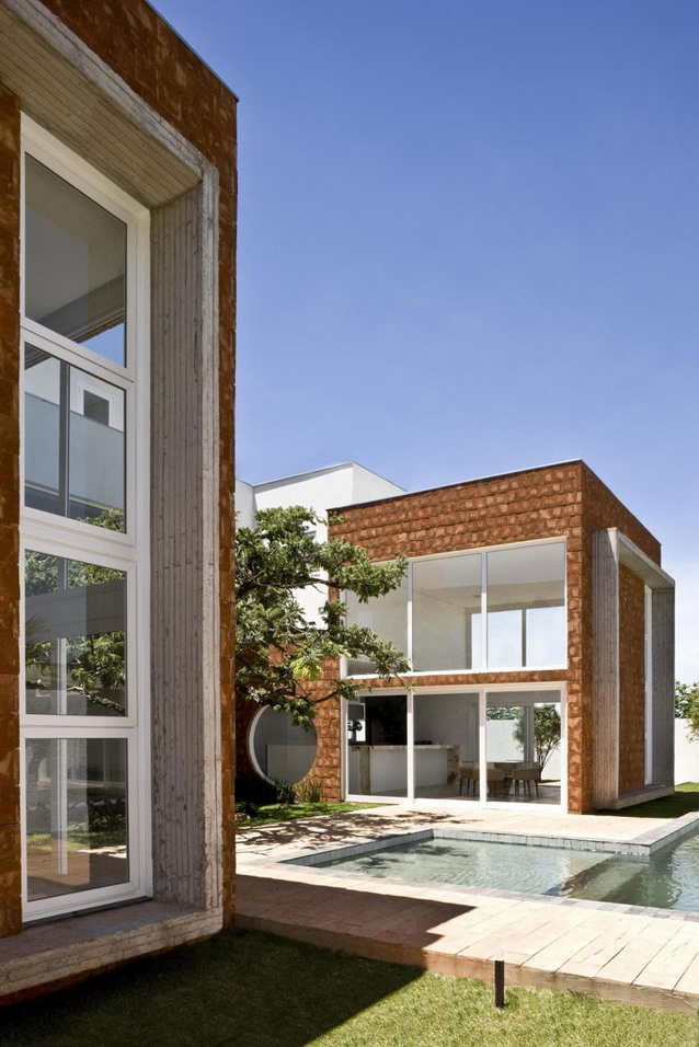 2storey-bright-modern-brick-house-with-garage-and-small-pool (5)