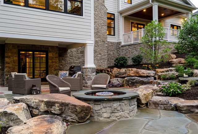 2storey white contemporary house with beautiful stone patio (20)