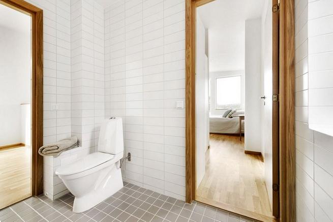 3-storey-white-villa-with-pool (34)