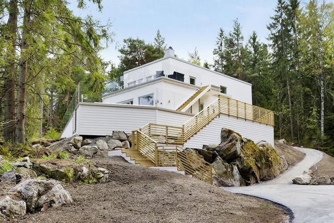 3-storey-white-villa-with-pool (5)