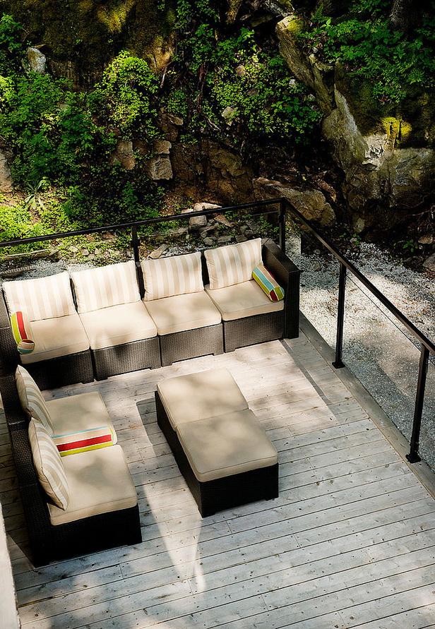3storey-modern-lakehouse (10)