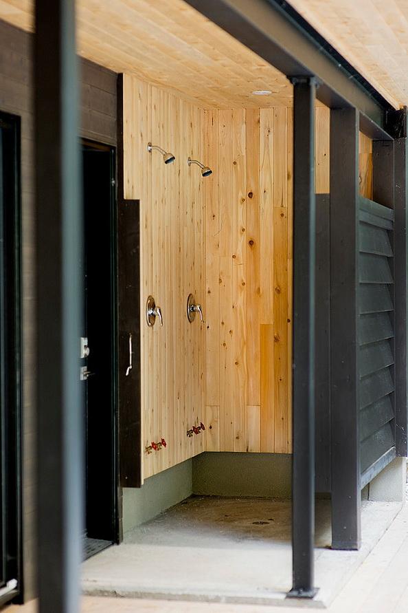 3storey-modern-lakehouse (23)