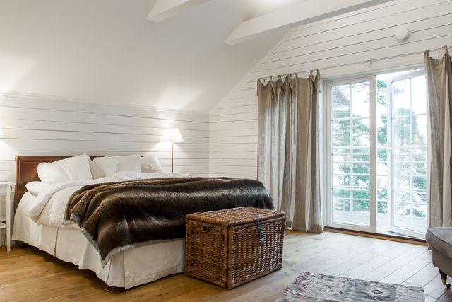 big-white-elegant-contemporary-villa (28)