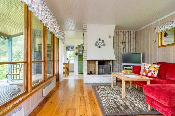black wooden cottage with vintage interior (6)