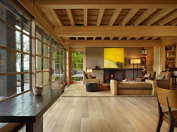 contemporary-big-elegant-wooden-waterfront-house (11)