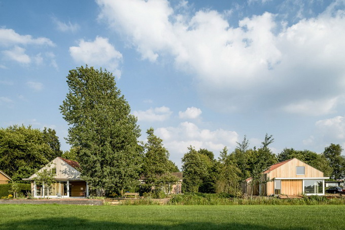 country cottage on the field (1)