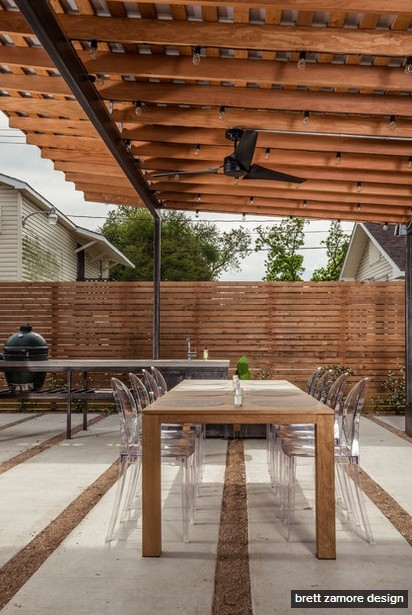 dark-modern-bungalow-with-outdoor-kitchen (5)