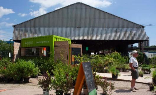 green cozy welcoming hut (2)