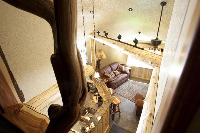 hobbit-house-on-mountain (4)