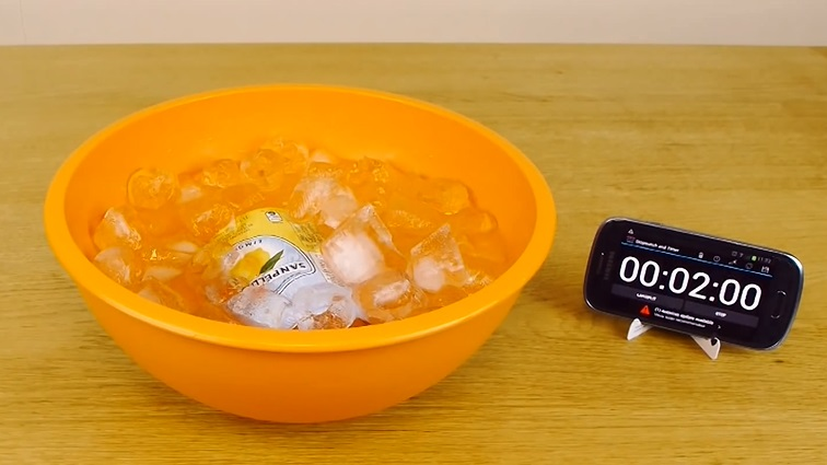 how-to-cool-a-drink-in-2-mins (6)