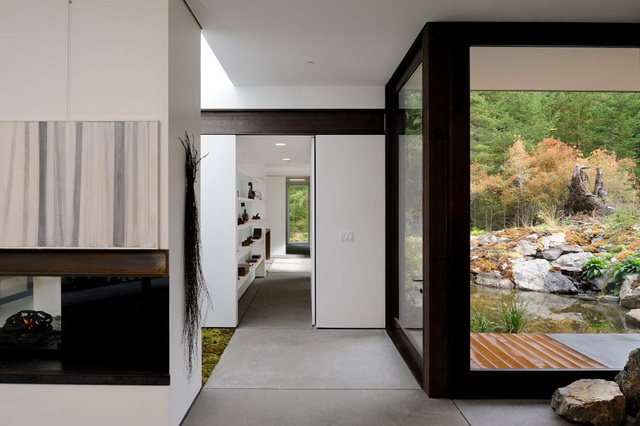 modern-container-house-in-the-foreset (11)