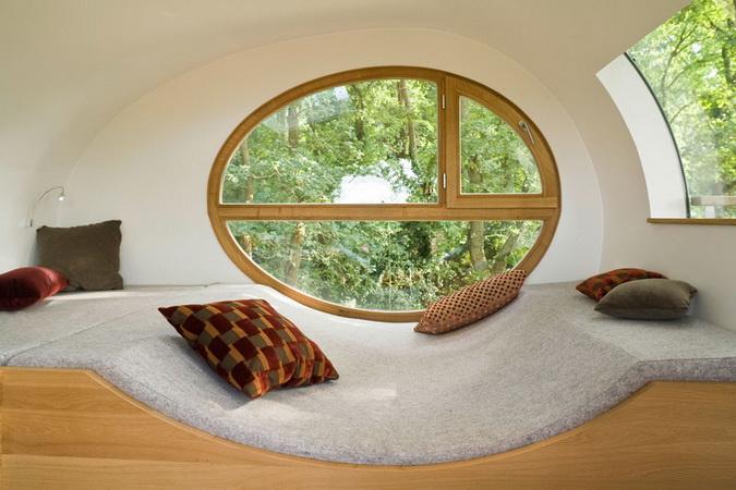 modern egg shape tree house (3)
