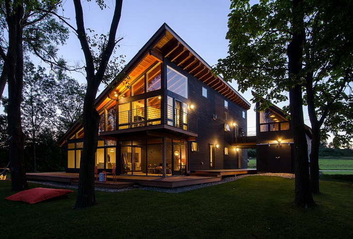 modern-lakehouse-in-spectacular-shape (1)