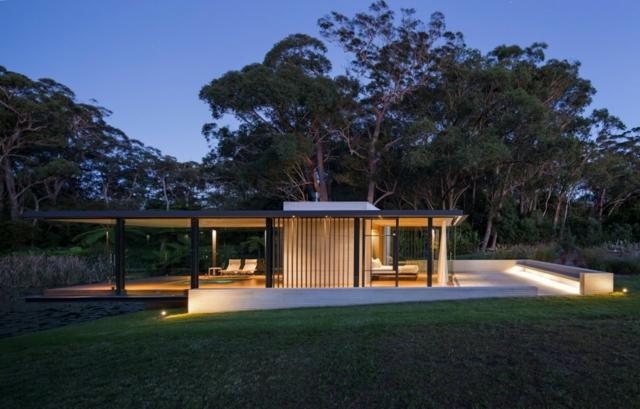 modern-riverfront-cottage (10)