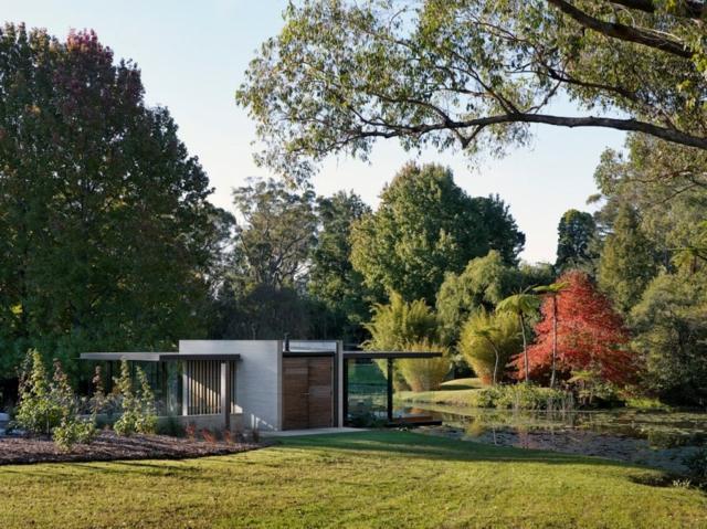 modern-riverfront-cottage (6)