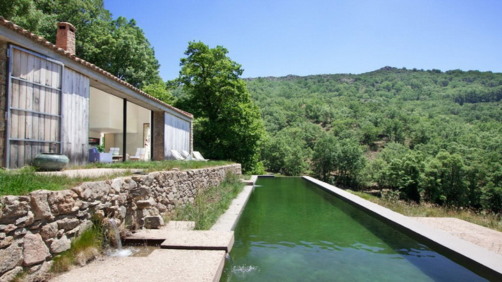 modern-rock-house-with-pond (4)