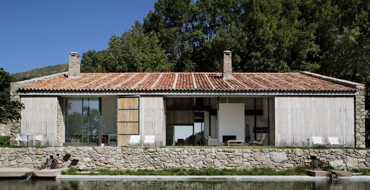 modern-rock-house-with-pond (7)