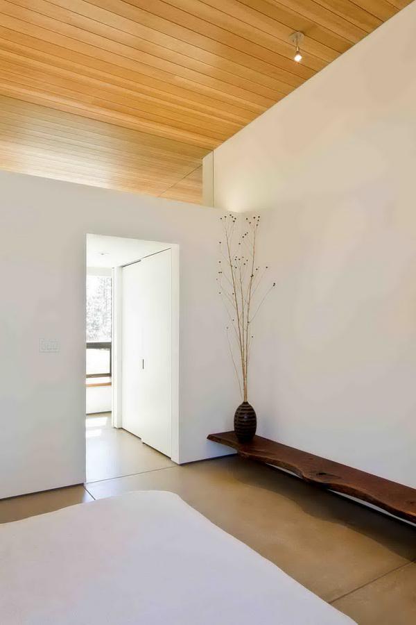 modern-wooden-saving-power-house-in-wood (7)