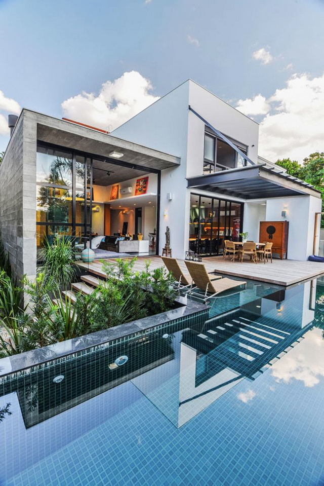 pool house with special interior (1)