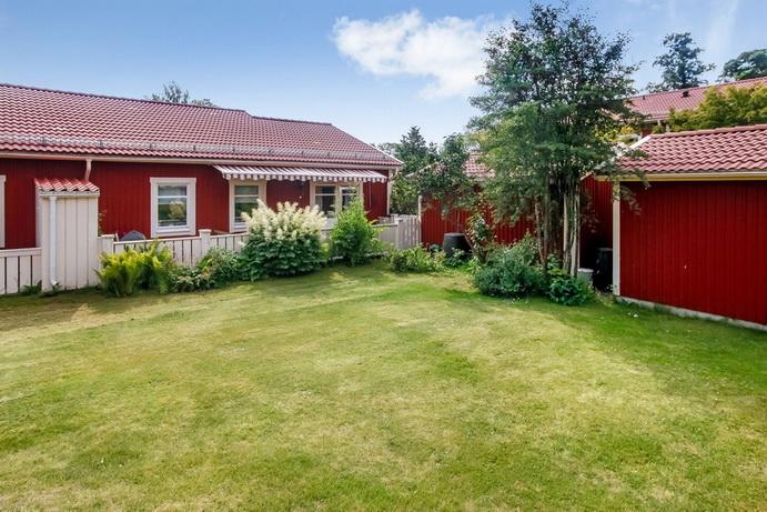 red-big-1floor-townhouse (10)