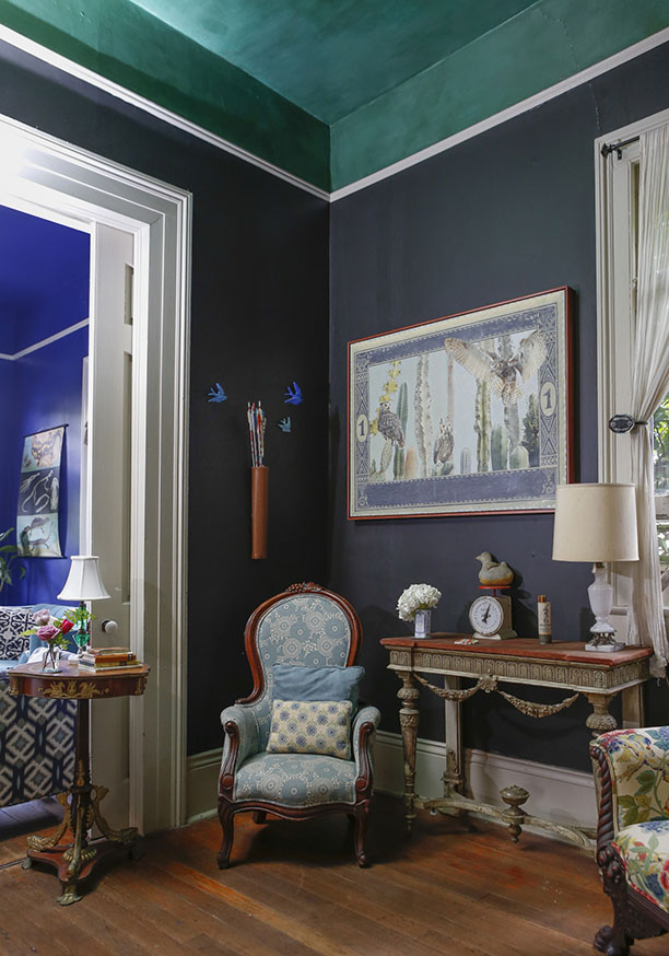 renovated-blue-apartment-from-double-decker-bus (13)