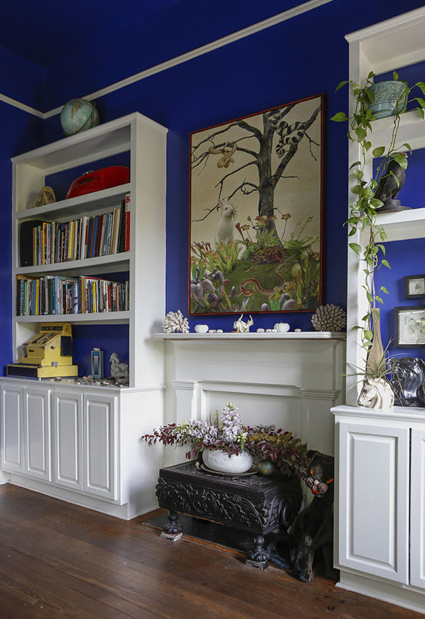 renovated-blue-apartment-from-double-decker-bus (8)