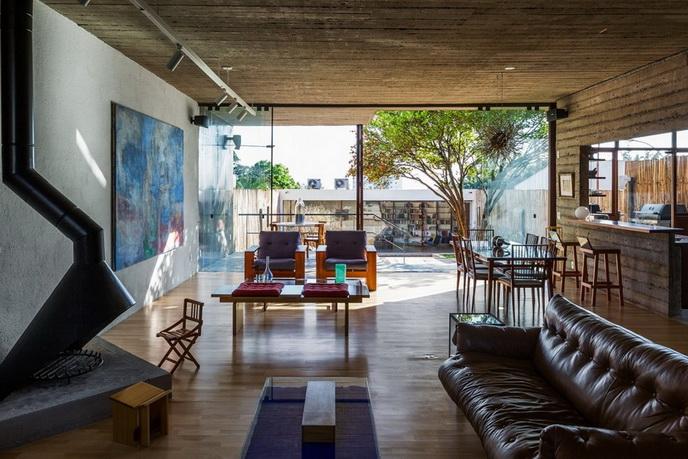 renovated-garage-house-with-backyard-and-frontyard (15)