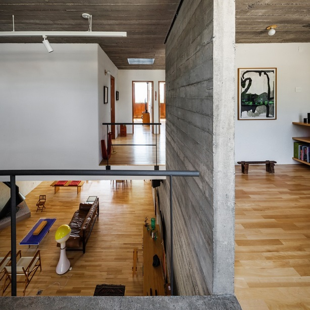 renovated-garage-house-with-backyard-and-frontyard (18)