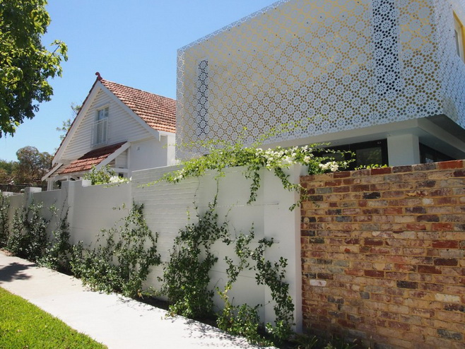renovated-modern-house with swimming pool (2)