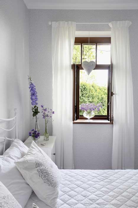 scandinavia-white-plain-house (10)