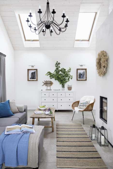scandinavia-white-plain-house (9)