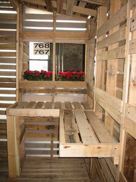 small-modern-pallet-house (11)