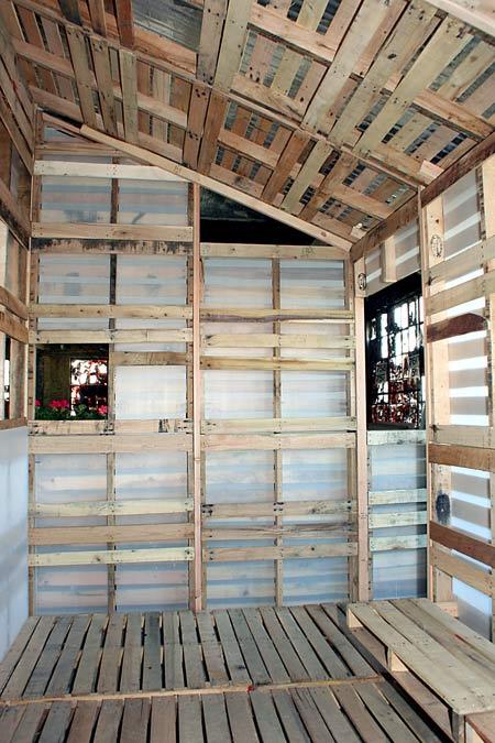 small-modern-pallet-house (15)