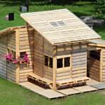 บ้านกระท่อมหลังเล็ก สร้างด้วยไม้พาเลทง่ายๆ โดดเด่นด้วยรูปทรงที่ทันสมัย