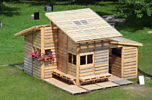 small-modern-pallet-house (2)