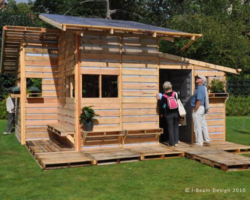 small-modern-pallet-house (5)