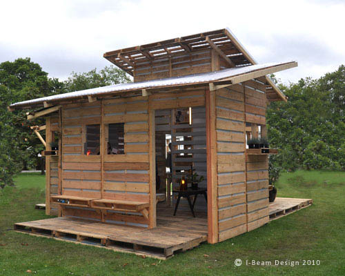 small-modern-pallet-house (6)