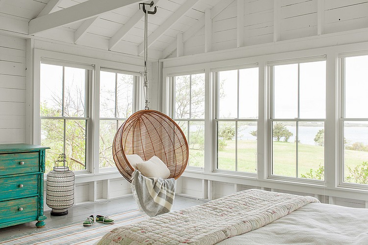 tattered-look-monotone summer-house (5)