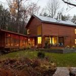 บ้านไม้สไตล์อนุรักษ์พลังงาน สัมผัสชีวิตสไตล์คันทรี่อันสงบร่มรื่น