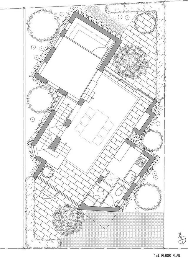 white-2storey-condo-house (9)_resize