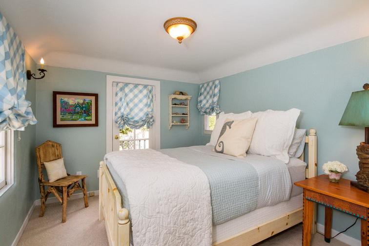 white-retro-cute-cottage (5)