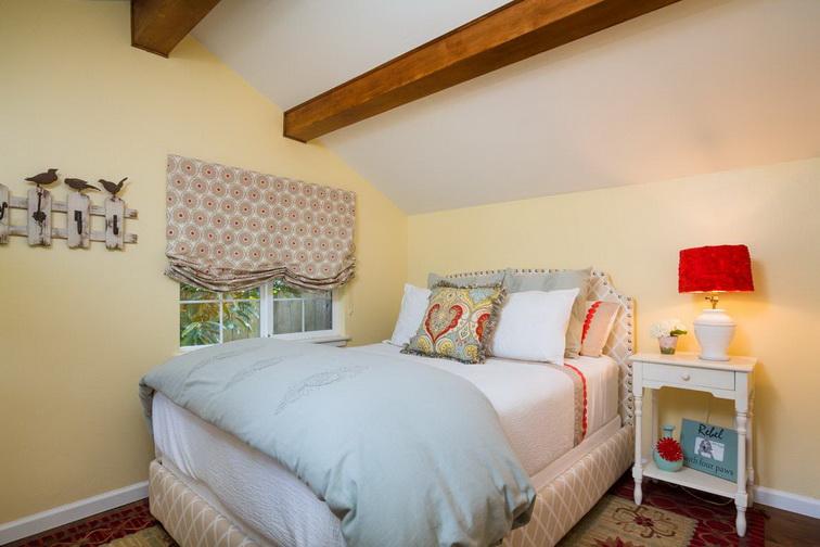 white-retro-cute-cottage (8)