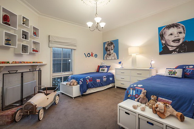 white-vintage-house-with-wide-space-interior (6)_resize