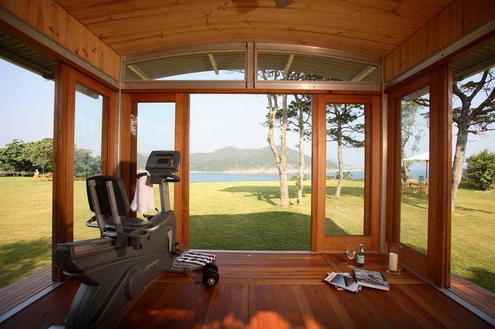 wooden-eco-pavilion-in-garden (1)