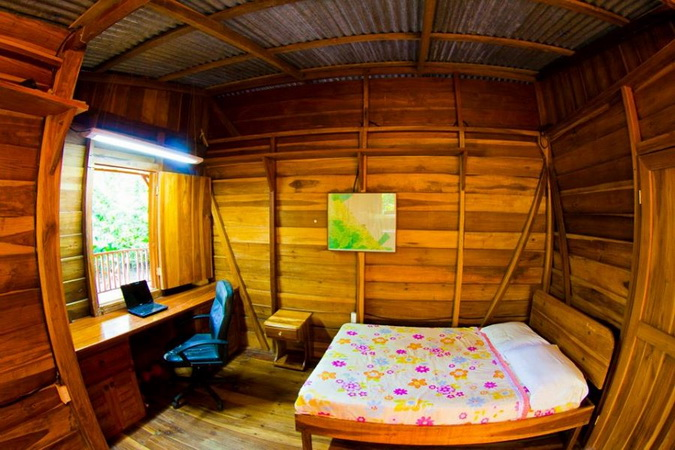 wooden resort tropical house (2)