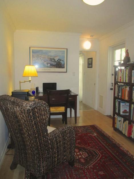 yellow-cozy-vintage-house (26)