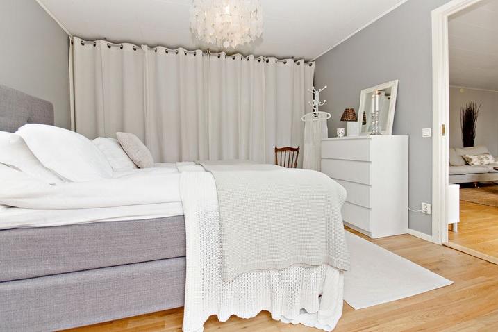 1-plane-cozy-white-tone-townhouse (10)