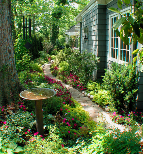 10-front-yard-landscaping-ideas (3)