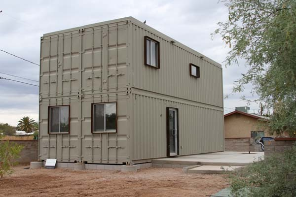 15-incredible-container-houses (6)